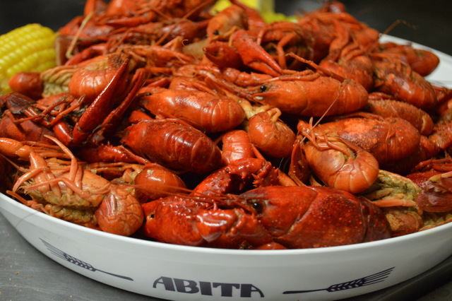 Fresh Crawfish Boil (Dinner Portion)
